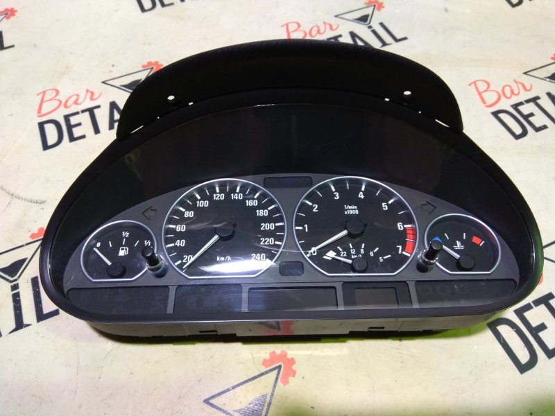 Щиток приборов BMW 3 E46 контр.