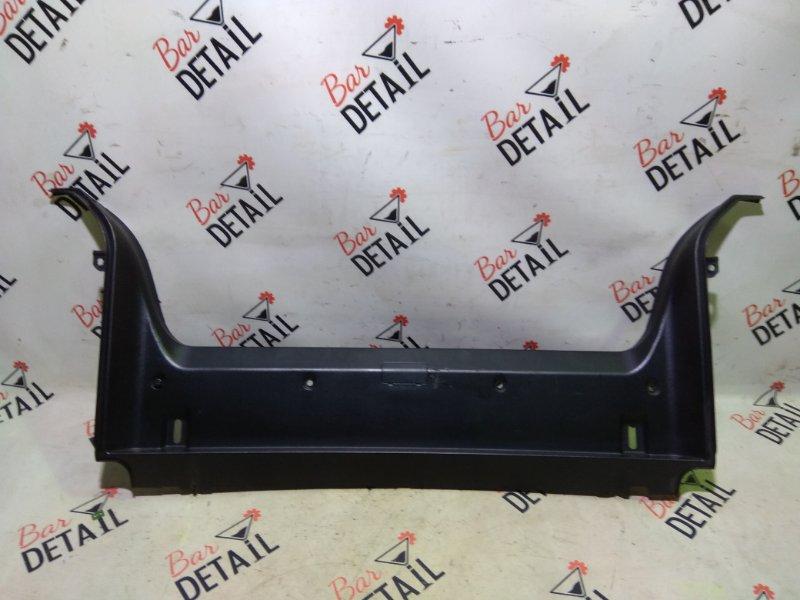 Накладка багажного отделения Bmw 5 Серия E39 M54B25 2001 задняя