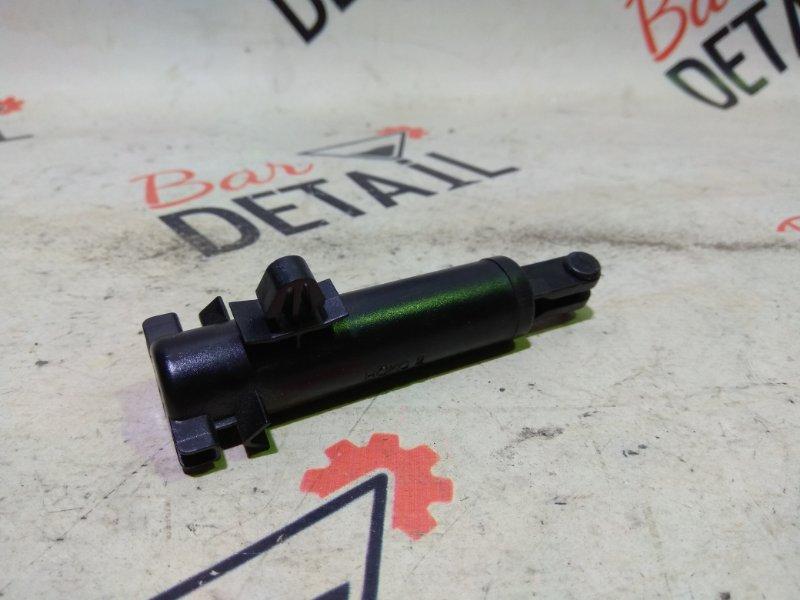 Амортизатор бардачка Bmw X5 E53 N62B44 2006
