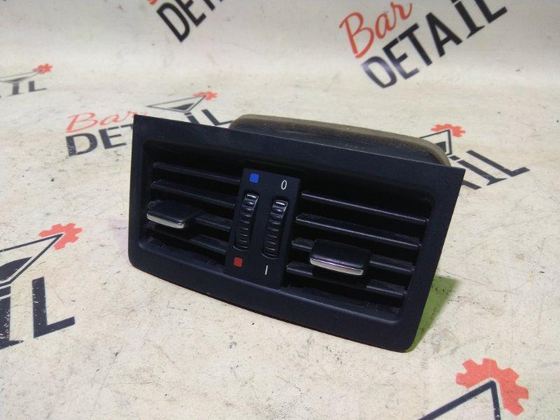 Вентиляционная решетка (дефлектор ) задн.часть салона BMW 3 E90, контр.