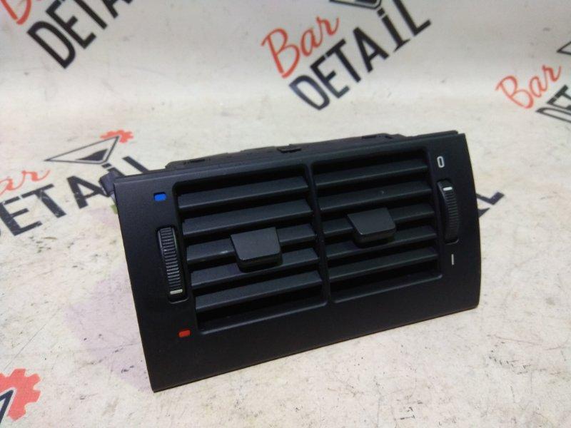 Вентиляционная решетка Bmw 5 Серия E39 M54B25 2001 задняя