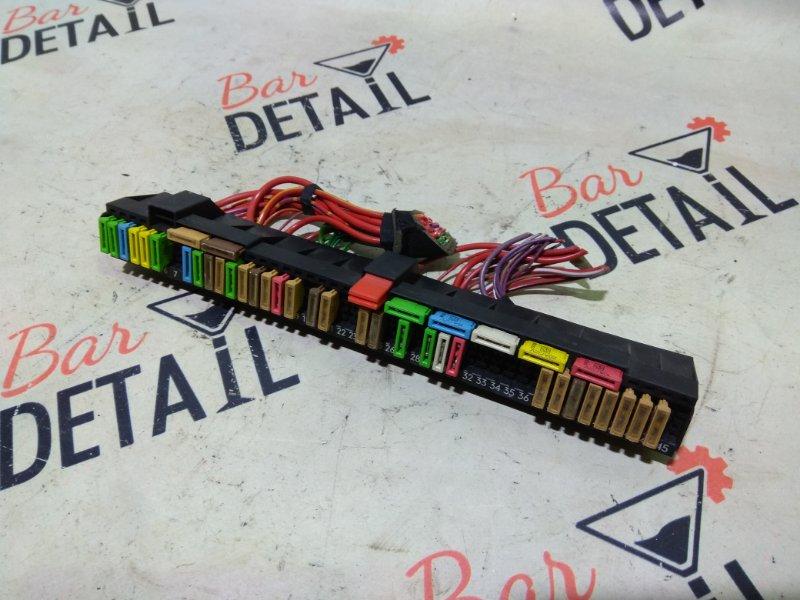 Блок предохранителей салонный 61138366570 BMW 5 E39 контр.