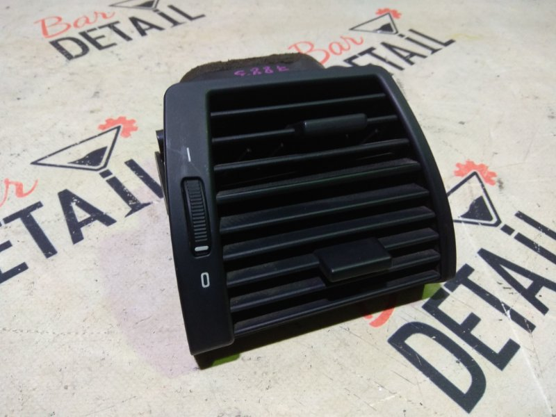 Вентиляционная решетка Bmw X5 E53 M54B30 2005 передняя правая