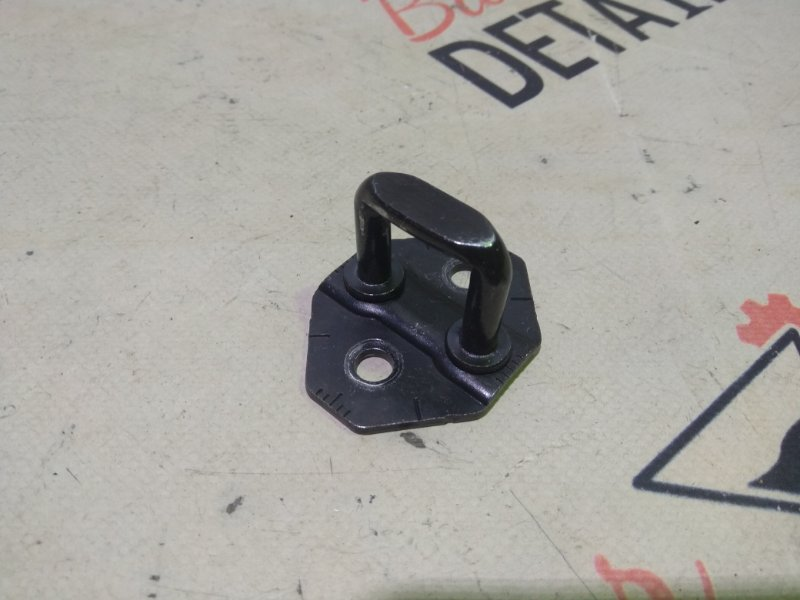 Ответная часть замка багажника Bmw X3 E83 N52B30K 2007 задняя