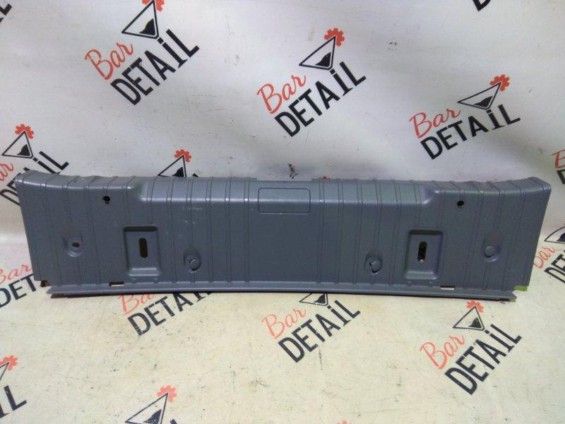 Накладка багажного отделения Bmw 3 Серия E90 N46B20 2006 задняя