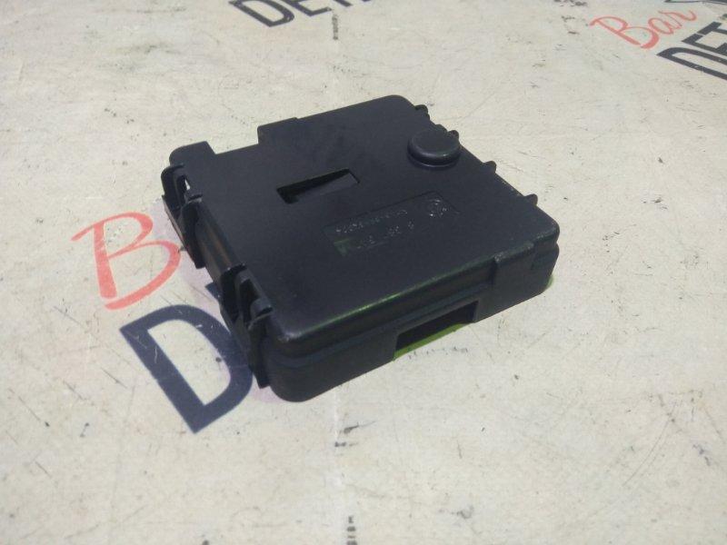 Крышка блока предохранителей Bmw X3 E83 N52B30K 2007