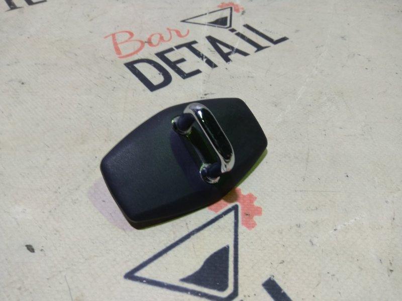 Петля замка двери Bmw X5 E53 M54B30 2005