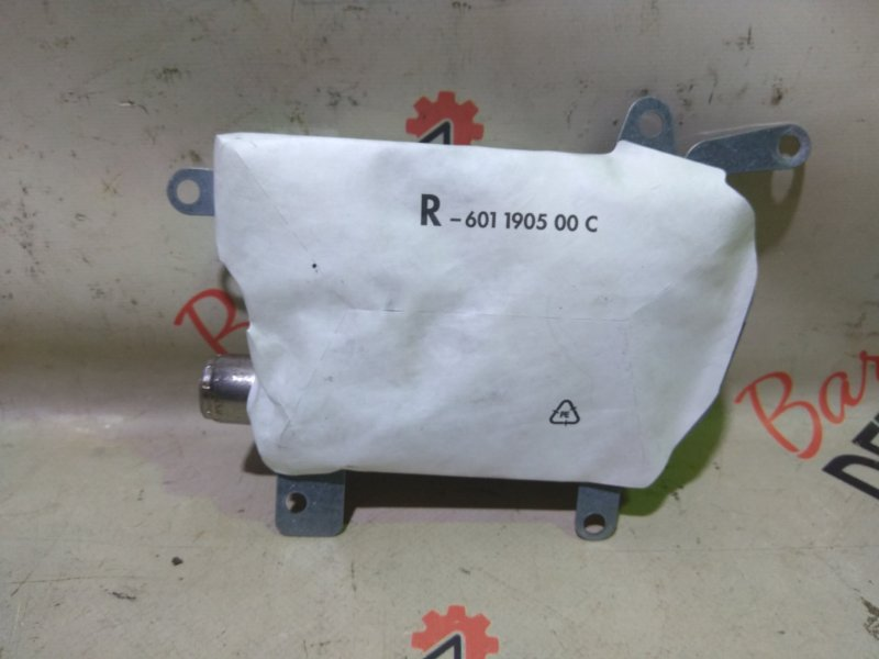 Подушка безопасности airbag Bmw 5 Серия E61 N52B25 2007 задняя правая