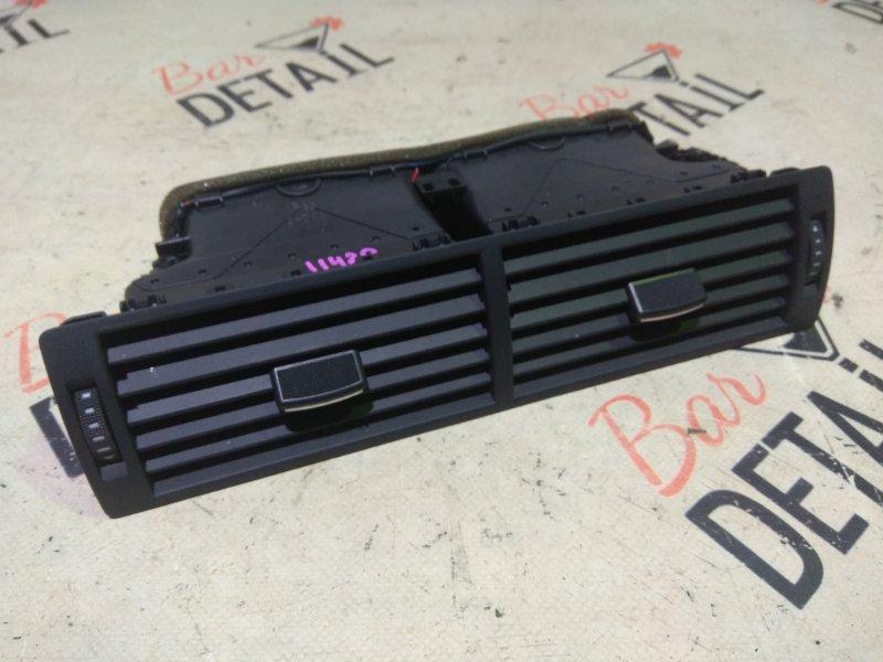 Вентиляционная решетка Audi A4 8ED BWE 2 2006 передняя