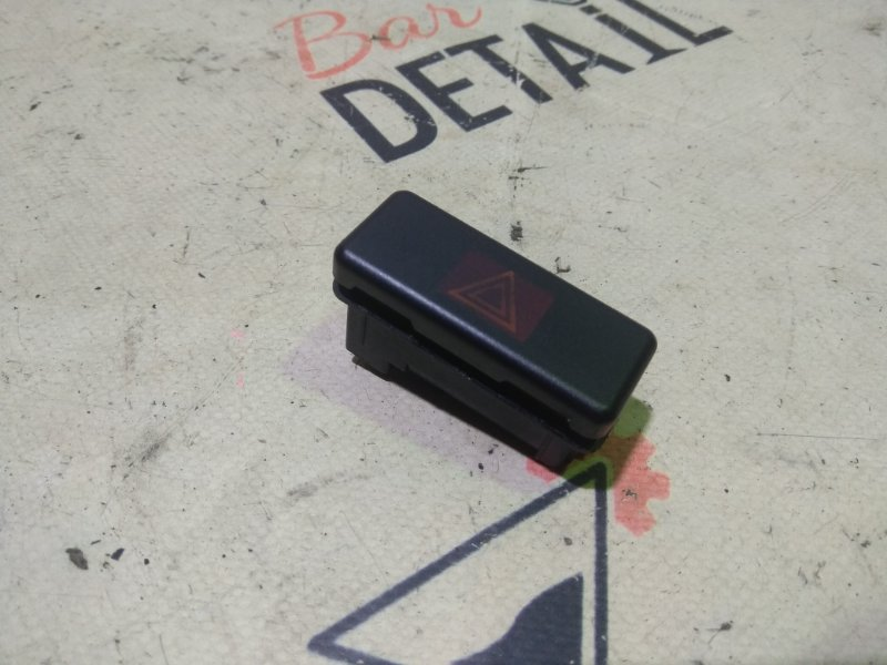 Кнопка аварийной сигнализации Bmw 5 Серия E39 M54B30 2001