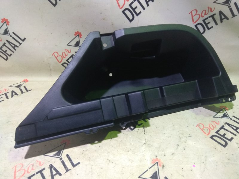 Ящик для инструментов багажник Lexus Rx330 MCU38L-AWAGKA 3MZFE 2003 задний правый
