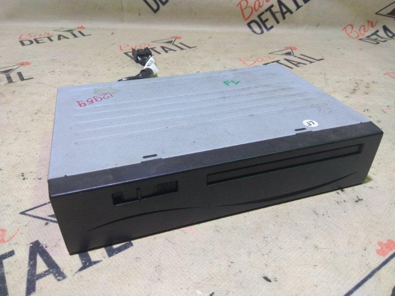 Блок управления навигацией модуль gps Toyota Avensis AZT251 2AZFSE 2007