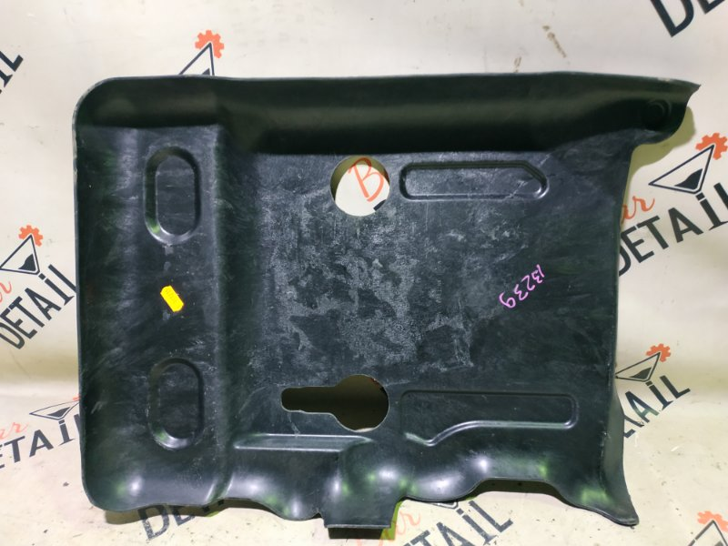 Защита топливного бака Porsche Cayenne 957 M55.01 2009 левая верхняя