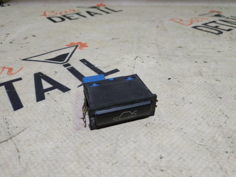 Кнопка открывания багажника Bmw X5 E53 M54B30 2002