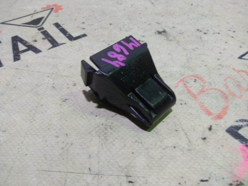 Клипса Bmw 3 Серия E46 N42 2003 задняя