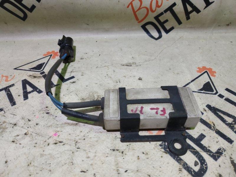 Резистор вентилятора охлаждения Toyota Premio ZZT240 1ZZFE 2003