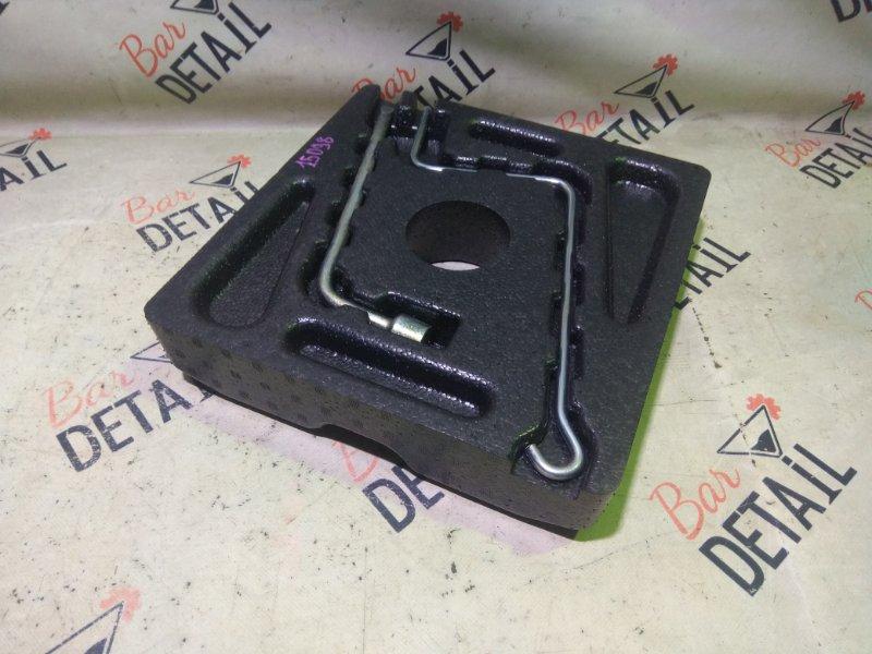 Ящик для инструментов багажник Toyota Premio ZZT240 1ZZFE 2003