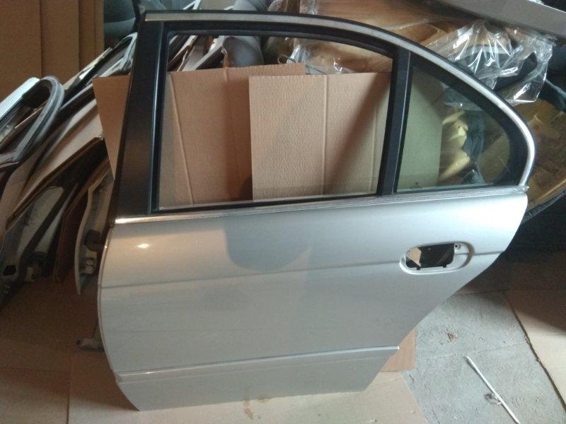 Дверь, левая задняя серебро/т.зелёная BMW 5-Series (E39), контр.
