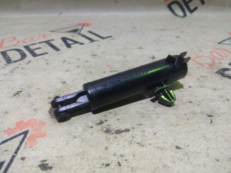 Амортизатор бардачка Bmw X3 E83 N52B30K 2007