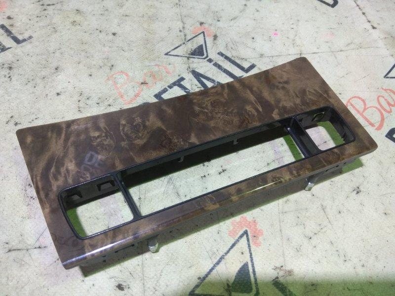 Накладка центральной консоли Bmw 5 Серия E60 N52B25 2007