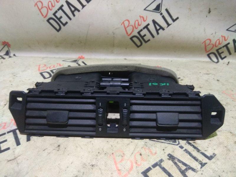 Вентиляционная решетка Bmw 5 Серия E60 N52B25 2007 передняя