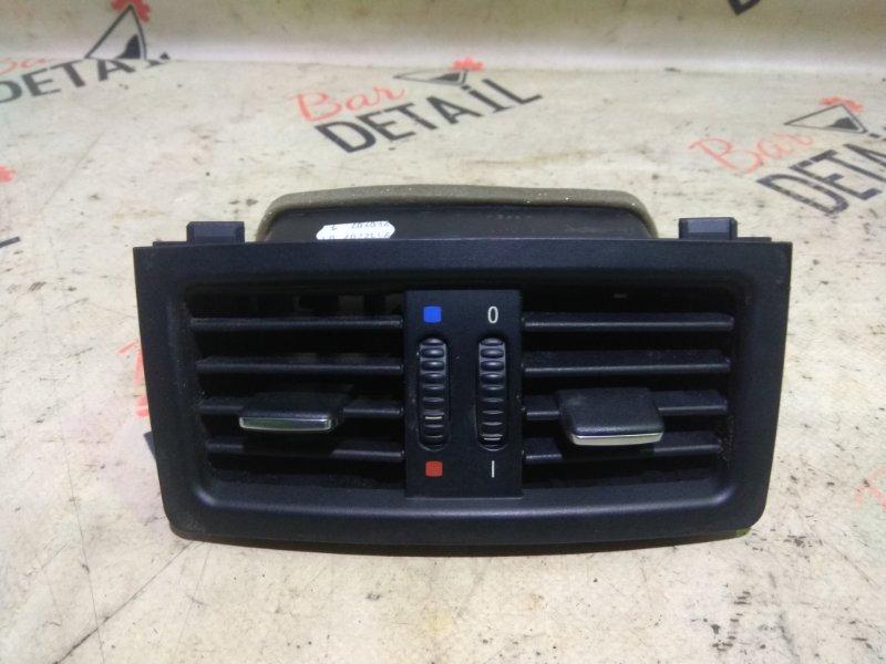 Вентиляционная решетка Bmw 5 Серия E60 N52B25 2007 задняя