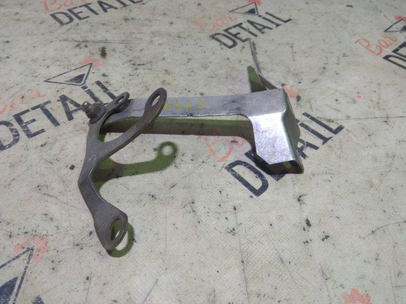 Кронштейн глушителя Bmw 5 Серия E60 N52B25 2007