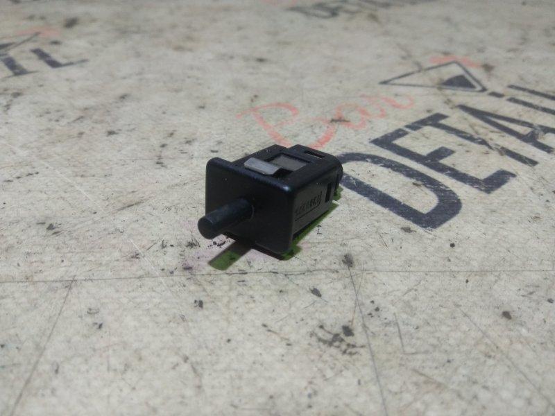 Датчик бардачка Bmw 5 Серия E39 M62B44 1998/09