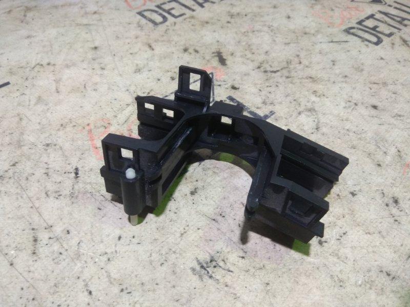 Кронштейн переключателей на рулевой колонке Bmw 5 Серия E39 M62B44 1998/09
