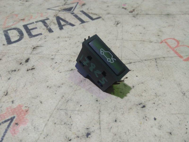Кнопка открывания багажника Bmw 5 Серия E39 M54B25 2001