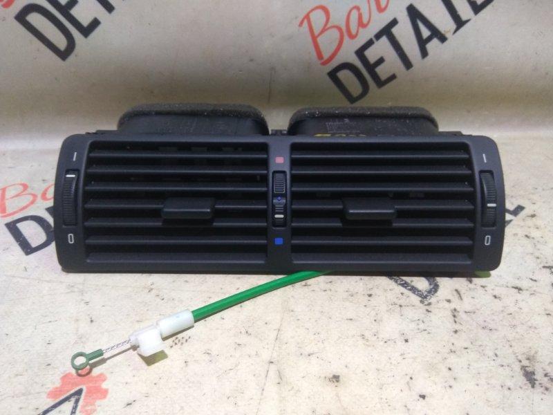 Вентиляционная решетка Bmw 5 Серия E39 M54B25 2001 передняя