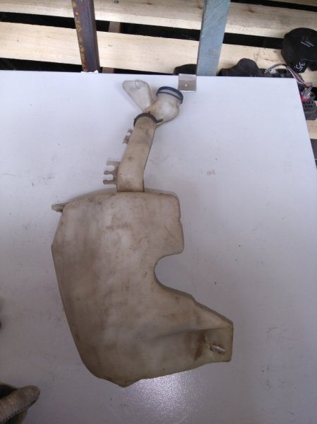 Бачок омывателя Citroen Xsara Picasso 2004