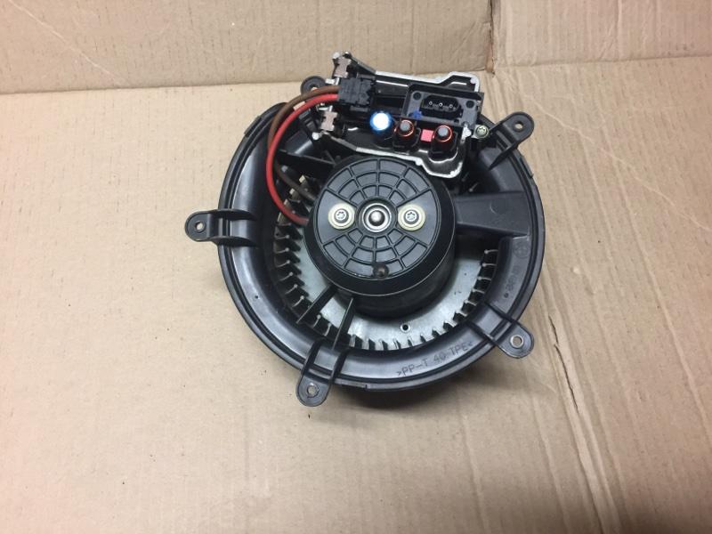 Вентилятор (мотор, моторчик) печки Bmw 750I E65 N62B48B 2005