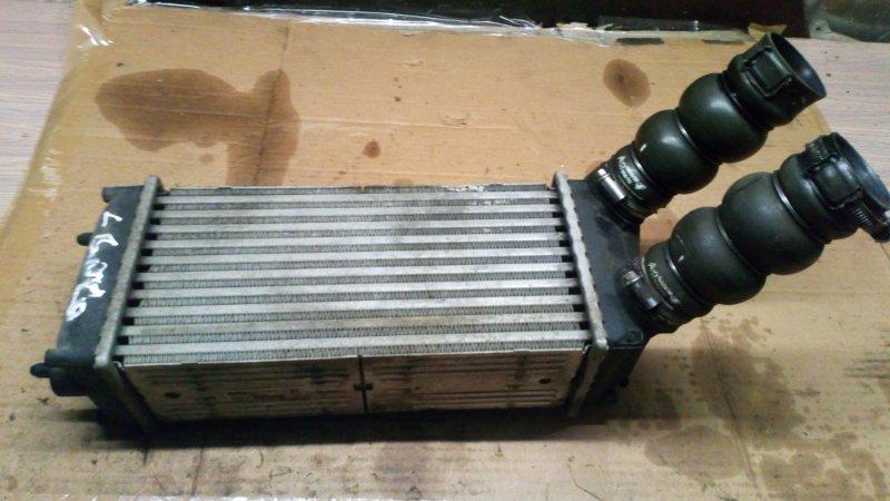 Радиатор интеркулера (интеркулер) Peugeot 307 SW DV6ATED4 2008