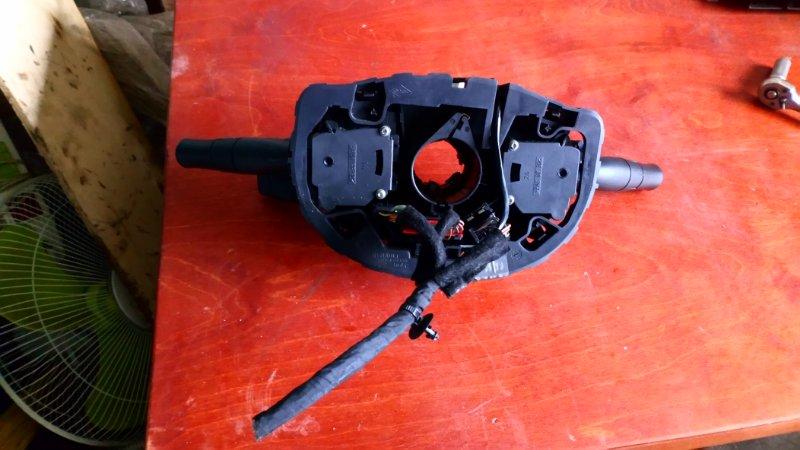 Подрулевой переключатель Renault Megane 2 KM K9K732 2007