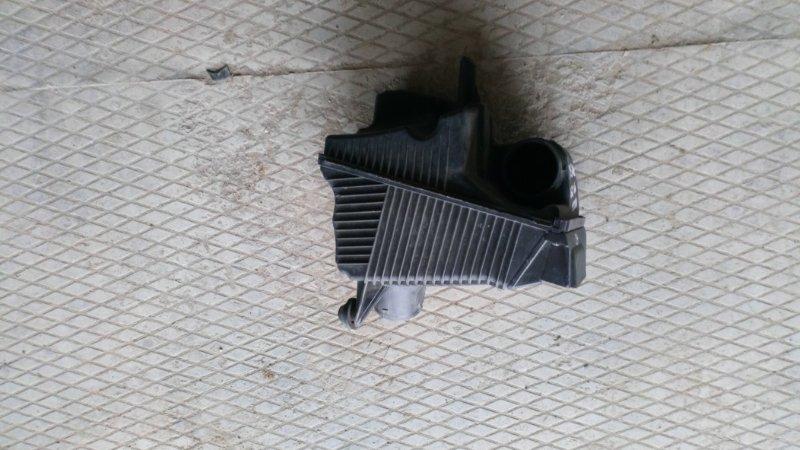 Корпус воздушного фильтра Renault Megane 2 LM0/1 K4M813 2004