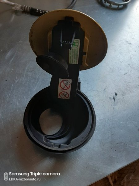 Лючок бензобака Citroen C4 Picasso 1 UD EP6 2009