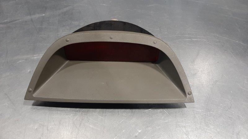 Фонарь задний (катафот) Renault Symbol 2 D4D 1998