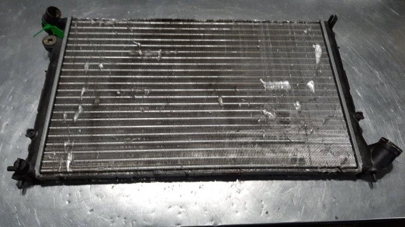 Радиатор охлаждения Peugeot 406 8B XU7JP4 2003