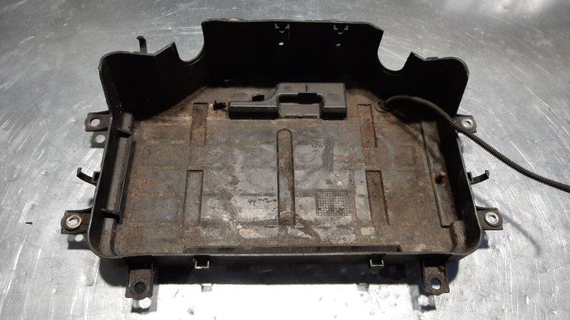 Крепление аккумулятора (акб) Volkswagen Touareg 7L6 AXQ 2002