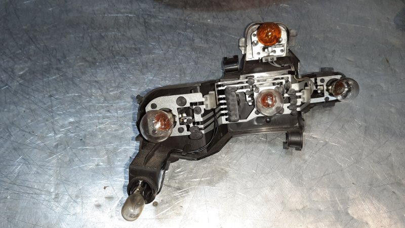 Плата заднего фонаря Bmw 5-Серия E60 M57D30TOP 2003 задняя правая
