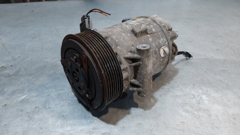 Компрессор кондиционера Renault Scenic 2 JM0 F9Q812 2003