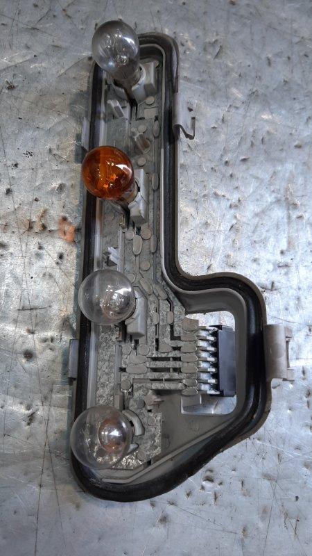 Плата заднего фонаря Opel Zafira A F75 Y20DTH 2005 задняя левая