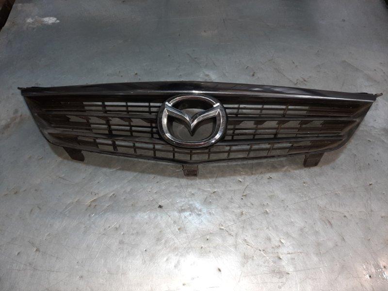 Решетка радиатора Mazda 626 FPDE 2002