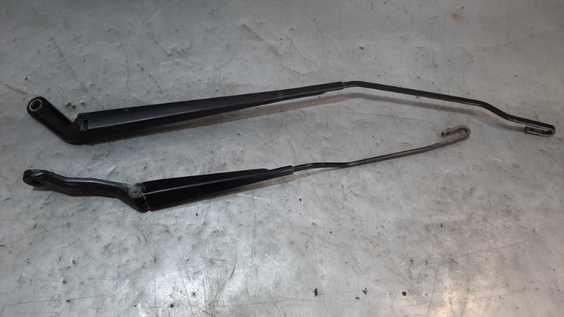 Тяга/рычаг (поводок) щетки стеклоочистителя Peugeot 206 2A/C TU3JP 2003