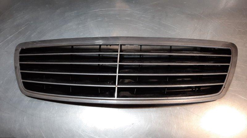Решетка радиатора Mercedes-Benz S-Class W220 M112E32 1998