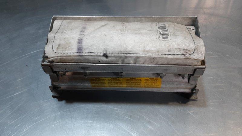 Подушка безопасности (airbag) пассажирский Mercedes-Benz S-Class W220 M112E32 1998
