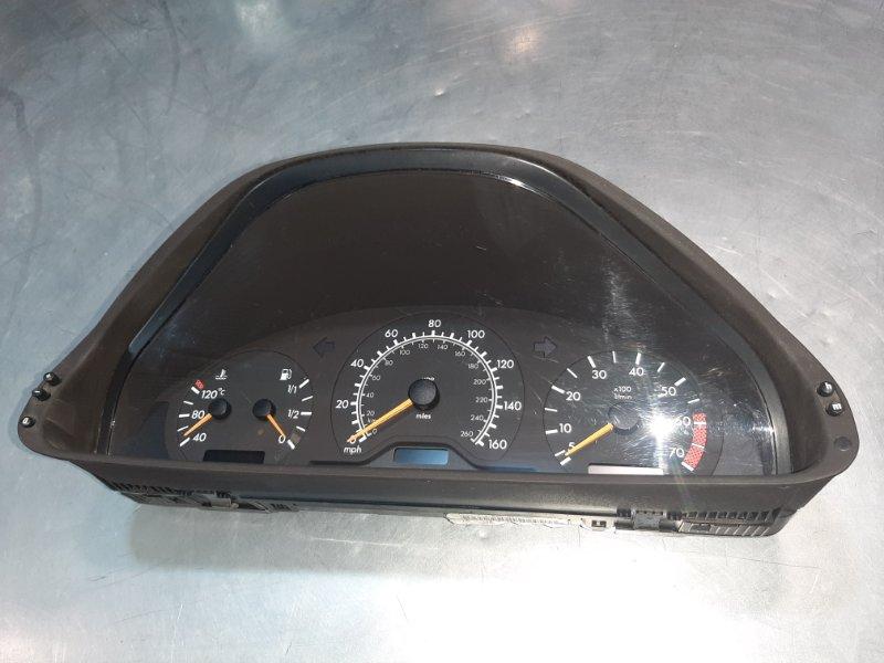 Панель приборов Mercedes-Benz Clk-Class W208 M111E23ML 2000