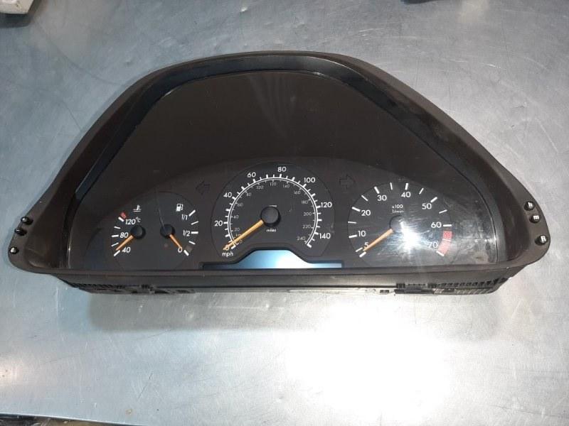 Панель приборов Mercedes-Benz E-Class W210 M111E23 2000