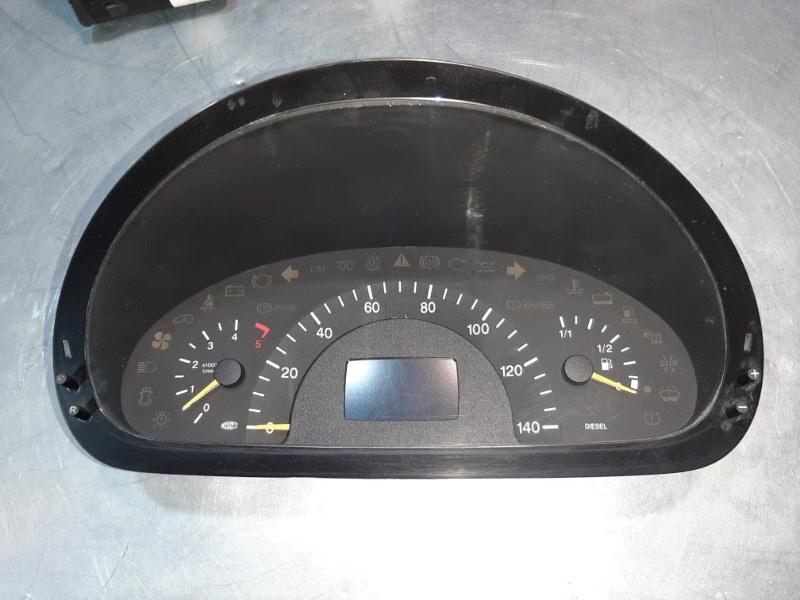 Панель приборов Mercedes-Benz Vito W639 M272E35 2004